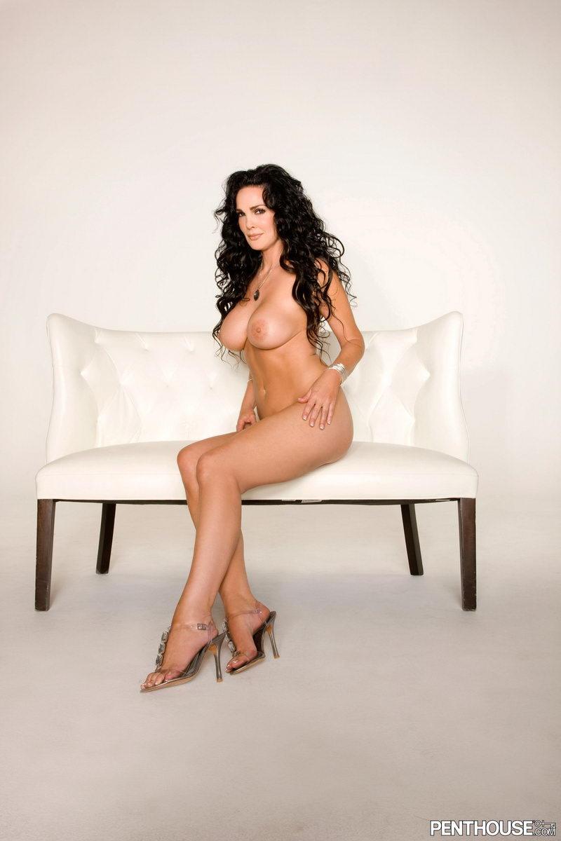Alyssa Milano Nude On Beach